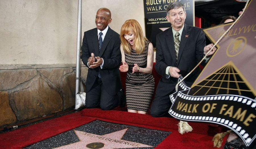 L'actrice américaine de télévision Marg Helgenberger vient d'obtenir son étoile sur le «Walk of fame» d'Hollywood. Elle est la 2458ème vedette à obtenir cette distinction.