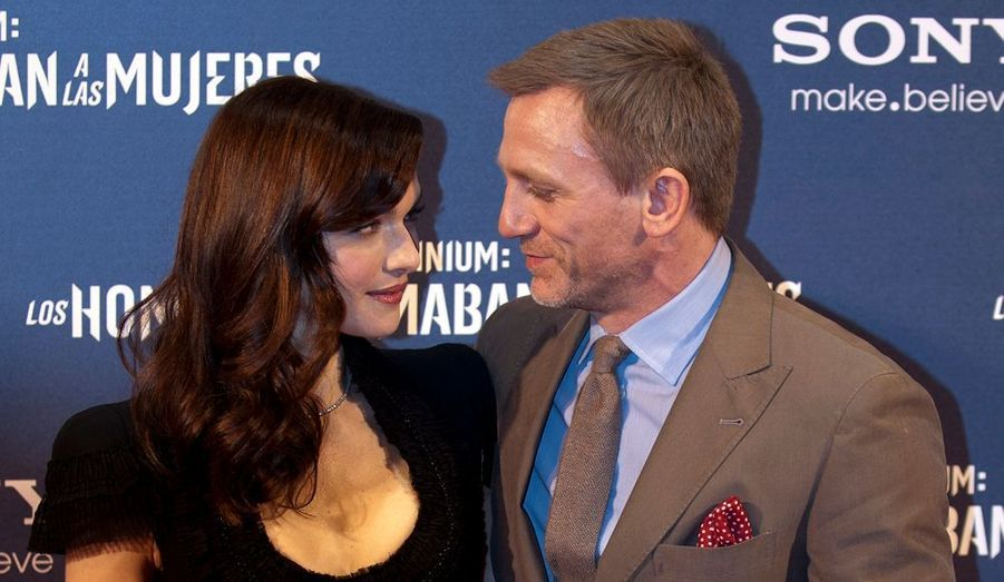 """Daniel Craig et sa femme Rachel Weisz à la première du film de David Fincher """"The Girl With The Dragon Tattoo"""" au théâtre de Callao à Madrid."""