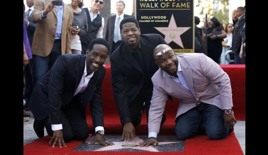 Shawn Stockman (à gauche), Nathan Morris (au centre) et Wanya Morris, membres du groupe Boyz II Men, ont inauguré leur étoile sur le Walk of Fame d'Hollywood.