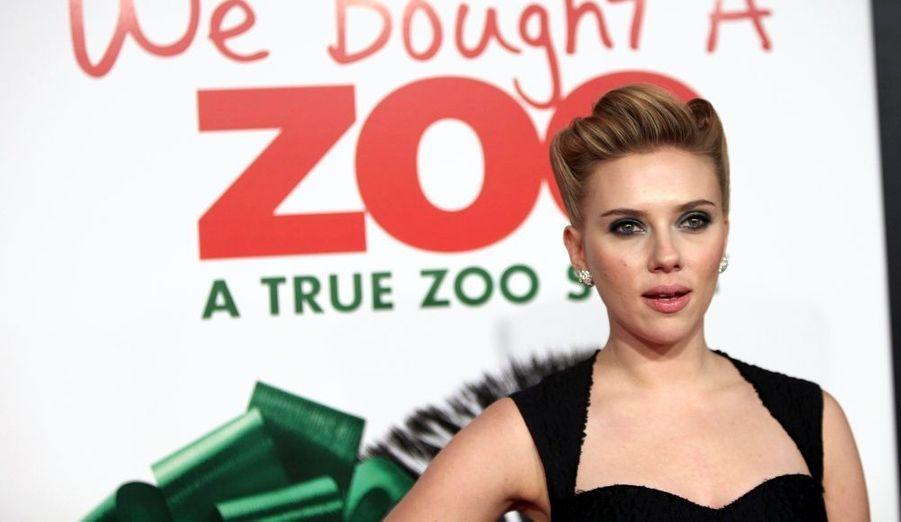 Scarlett Johansson a assisté à l'avant-première du film We bought a zoo, à New York.