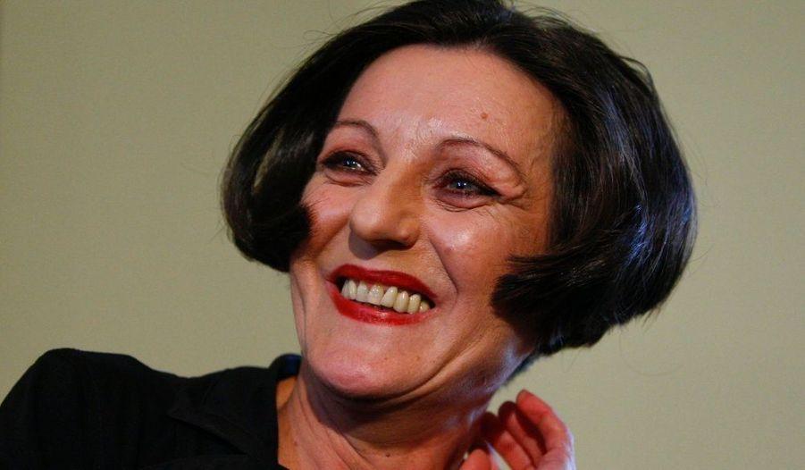Le Prix Nobel de littérature 2009 a été décerné jeudi à Herta Müller (L'Etrange parcours d'Herta Müller), couronnant ainsi l'œuvre en langue allemande d'une fille de déportée, née en Roumanie.