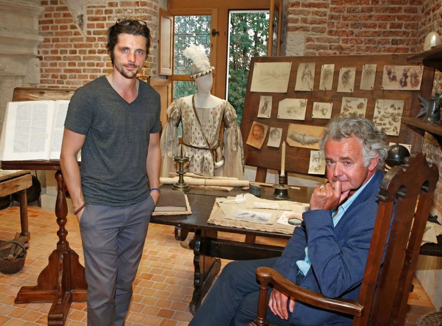 Raphaël Personnaz (prix de l'acteur littéraire) et Jacques de Loustal (prix de la bande dessinée).