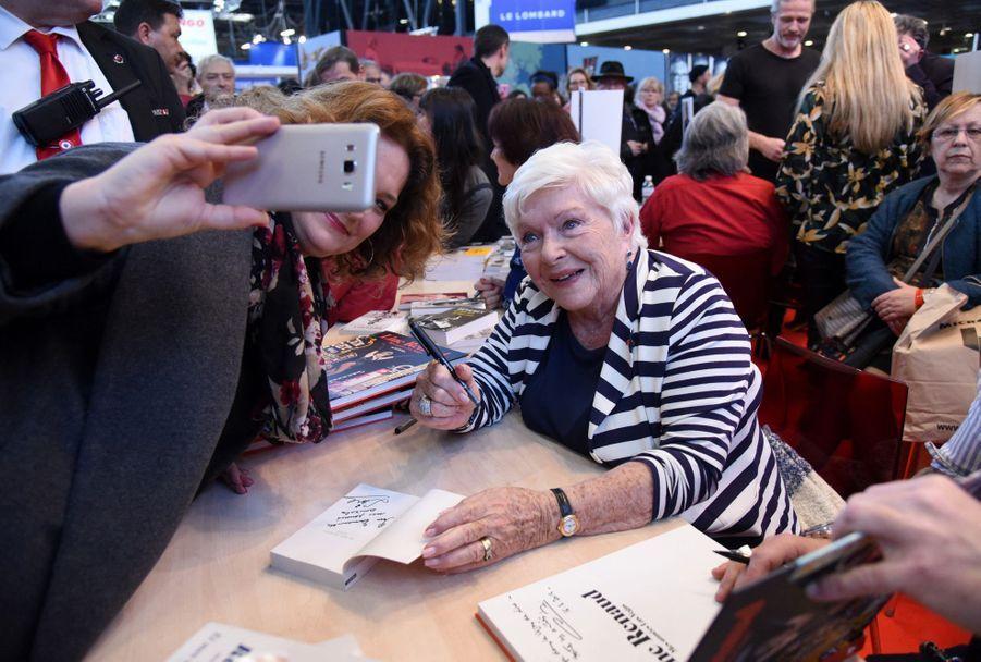 Line Renaud au Salon du livre à Paris le 16 mars 2019