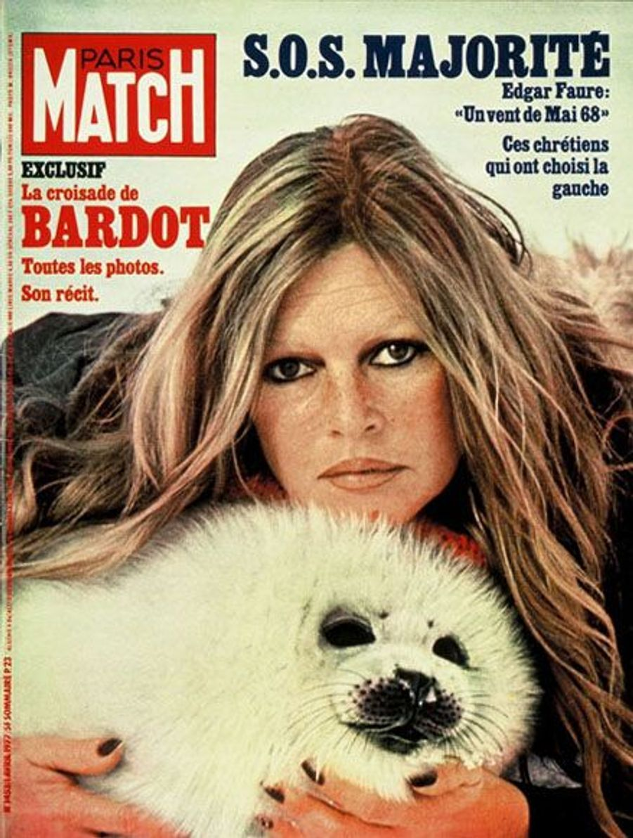 Avril 1977