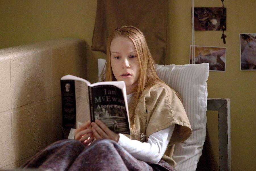 Leanne Taylor (Emma Myles)