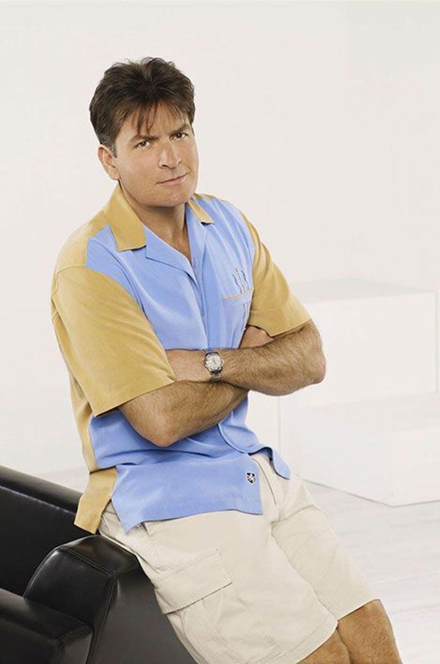 """Charlie Sheen a été viré de """"Mon oncle Charlie"""" à cause de ses abus de drogues et d'alcool"""