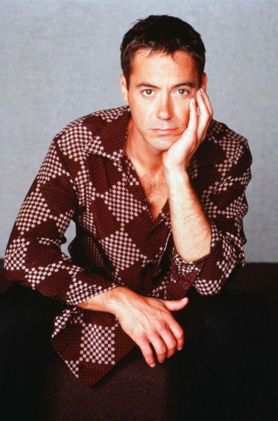 """Robert Downey Jr. a été viré d'""""Ally McBeal"""" après s'être fait arrêter pour possession de drogue et arme à feu"""