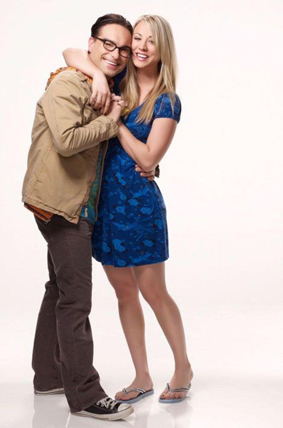 "Kaley Cuoco et Johnny Galecki de ""The Big Bang Theory"""