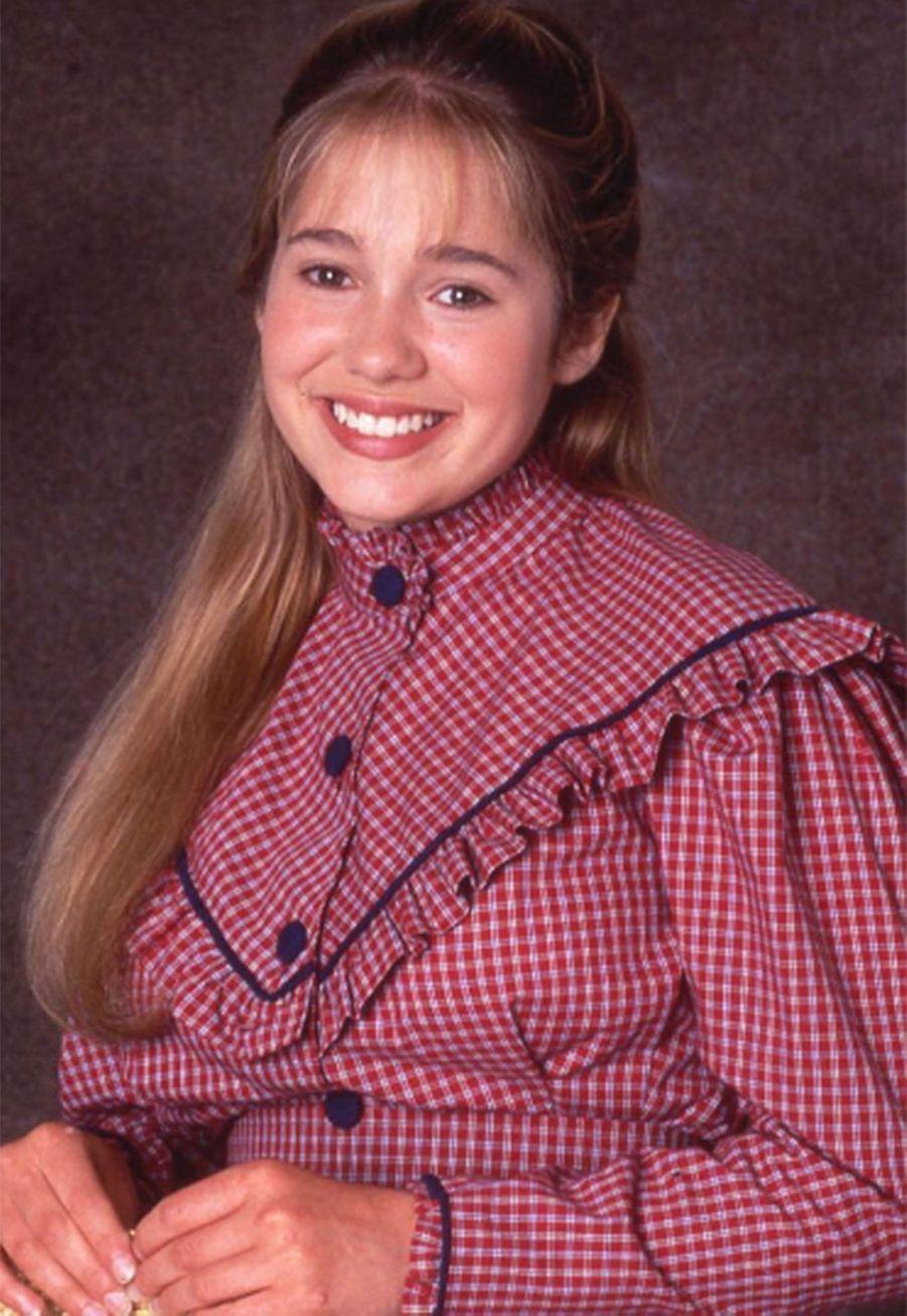 Erika Flores (Colleen)