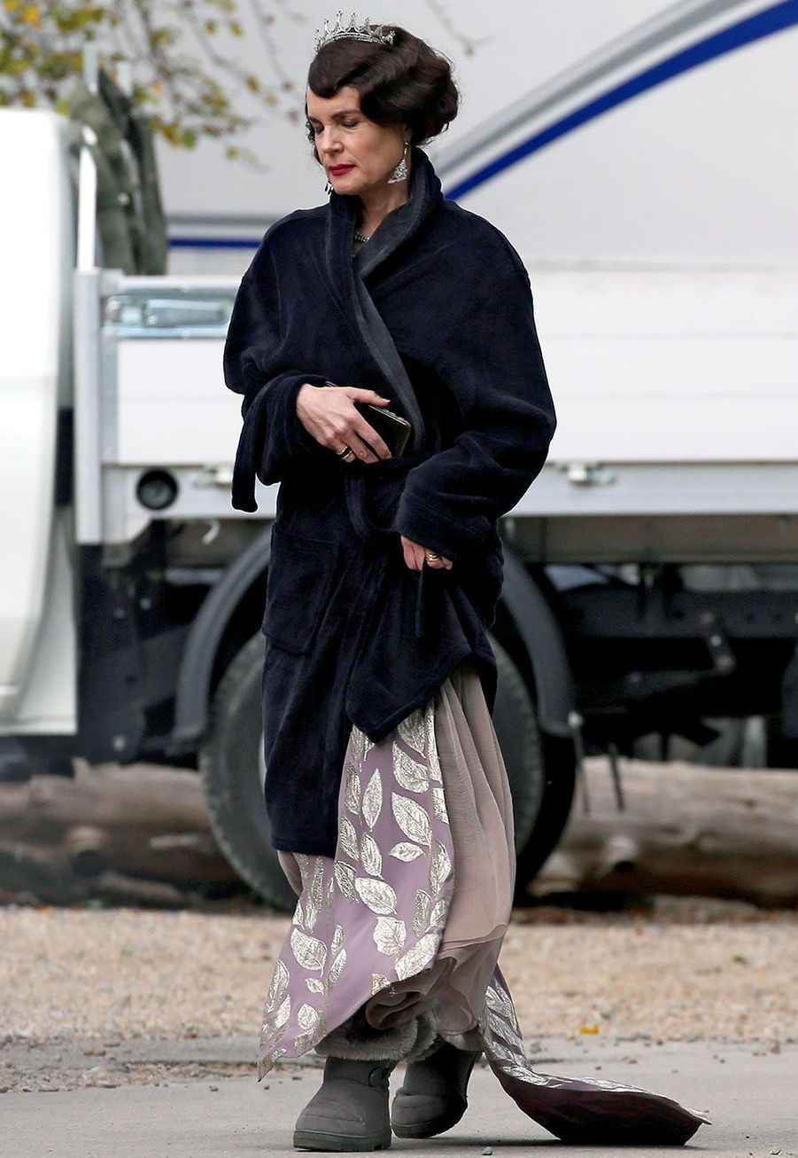 Elizabeth McGovern (Lady Cora Crawley)