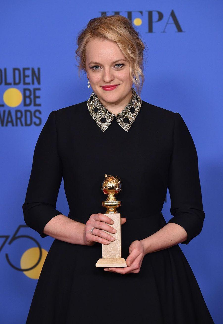 """Meilleure actrice dans une série dramatique : Elisabeth Moss, """"La Servante Ecarlate"""""""