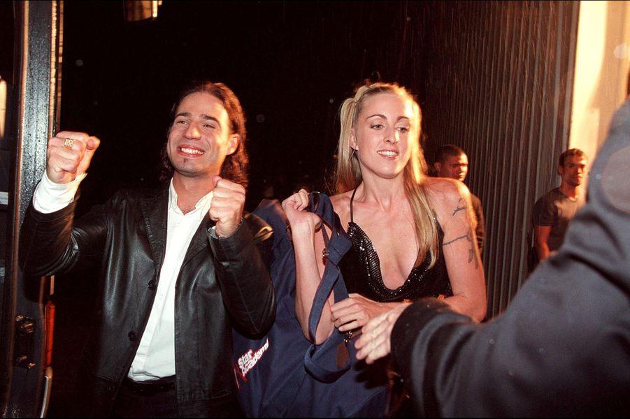 Mario et Sidonielors du lancement de la première saison de la «Star Academy», sur TF1, le 20 octobre 2001