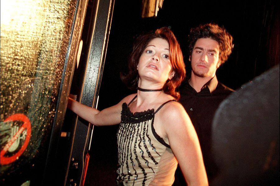 Catherine et Patricelors du lancement de la première saison de la «Star Academy», sur TF1, le 20 octobre 2001
