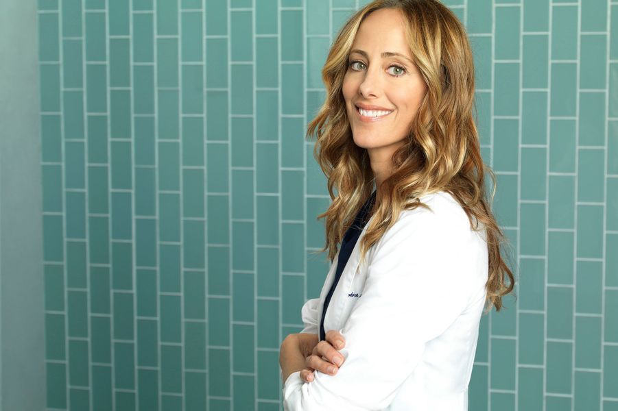 Kim Raver (Dr Teddy Altman)