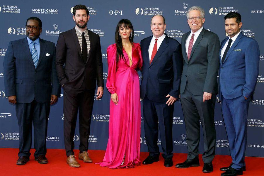"Le prince Albert II de Monaco et l'équipe de ""Tom Clancy's Jack Ryan"""