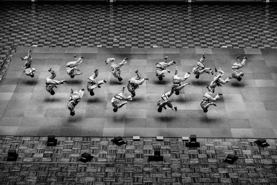 1er prix dans la catégorie Story Sports:Alain Schroeder - Reportage en Corée du Nord où leTaekwondoest un sacerdoce.
