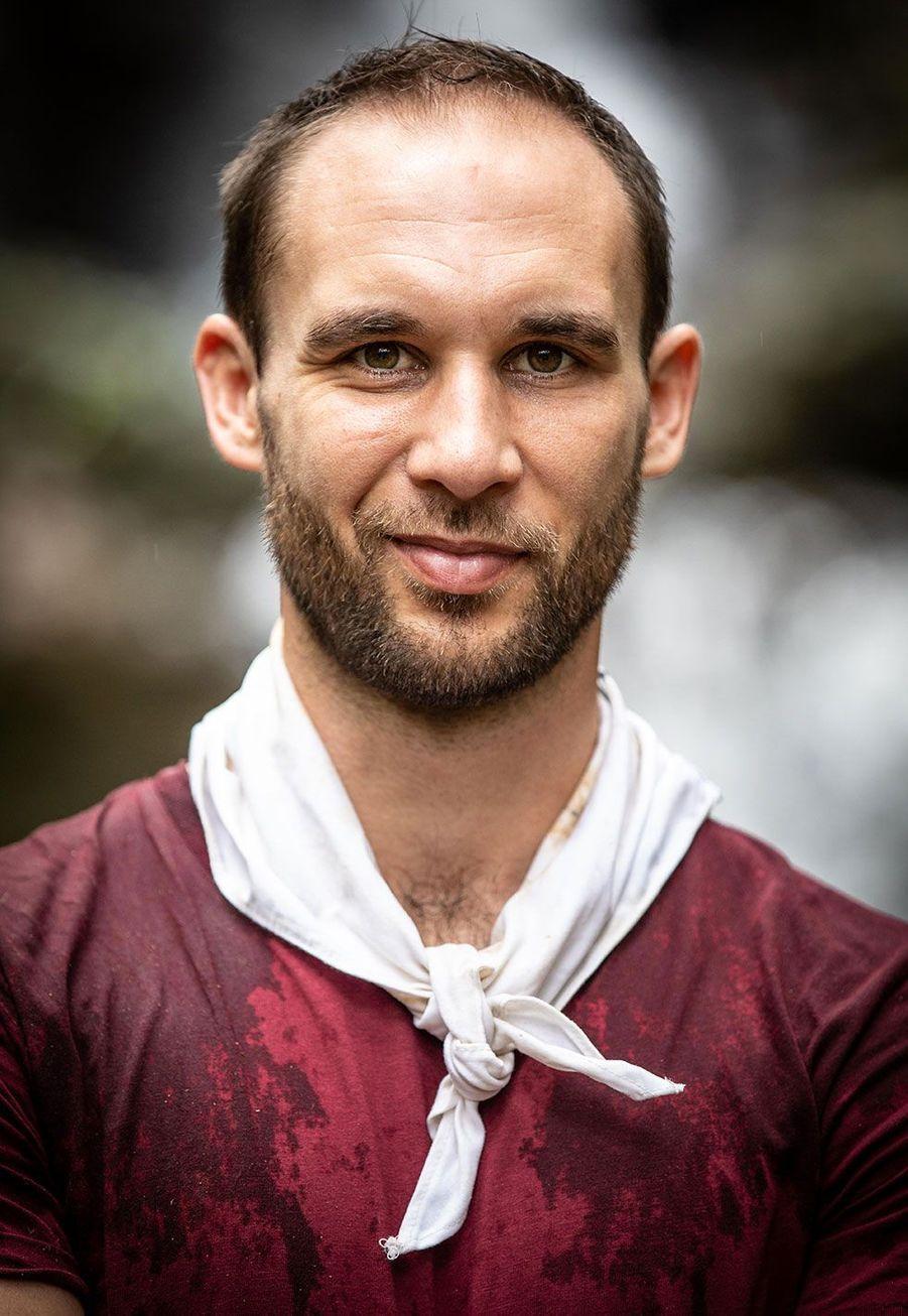 Maxime, 32 ans, agent de voyage, Vienne