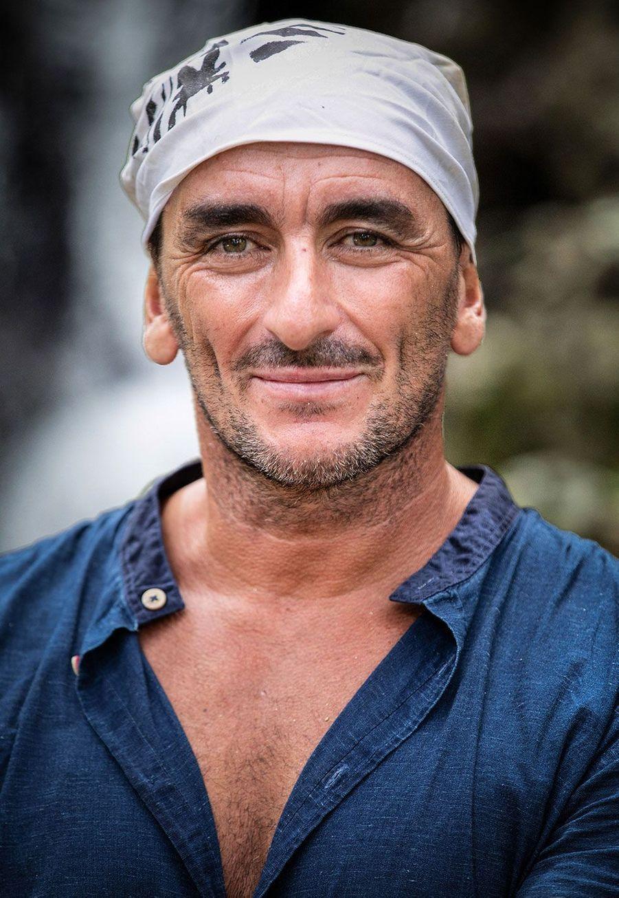 Steeve, 46 ans, travailleur social, Alpes Maritimes
