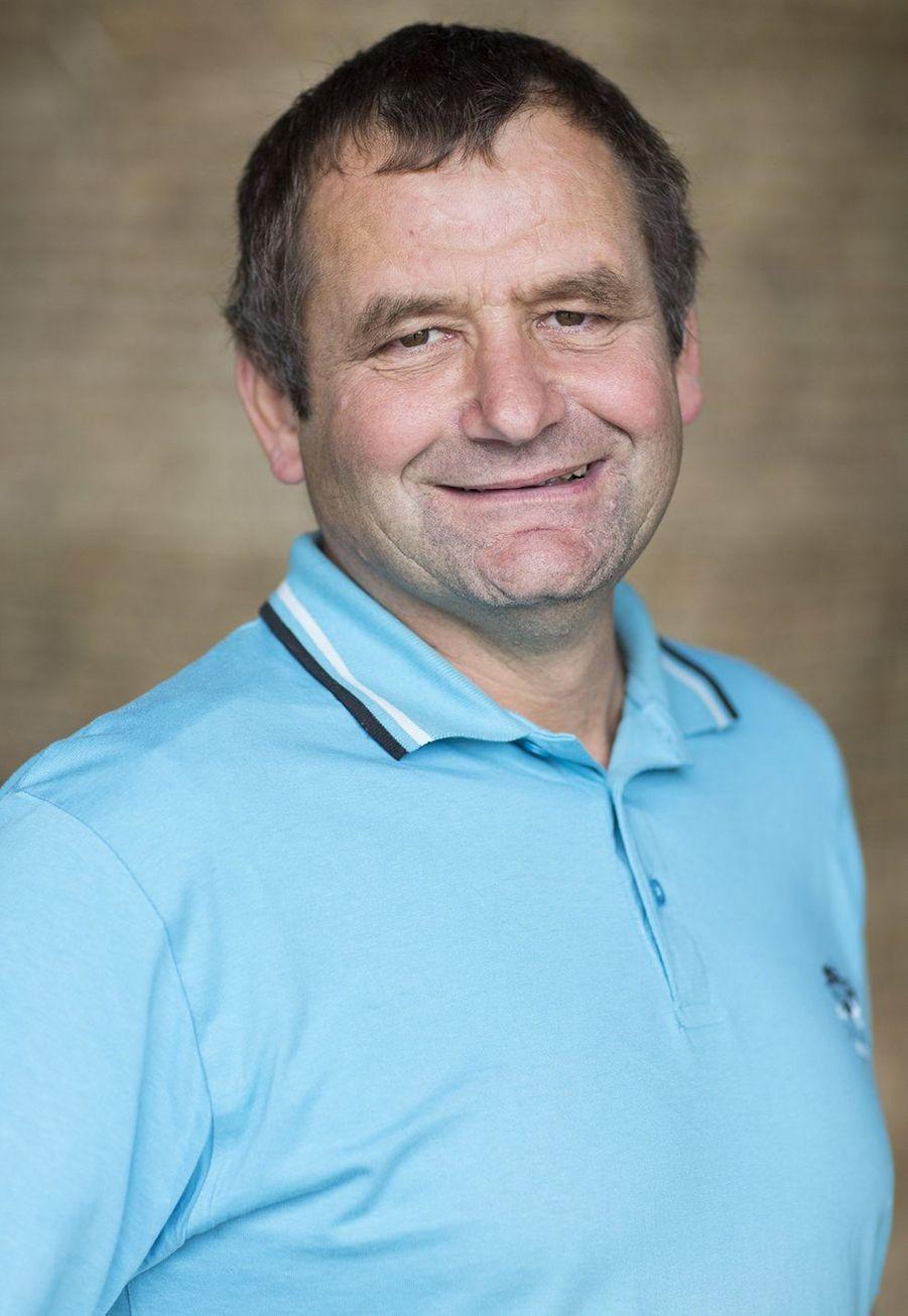 Eric, 57 ans, éleveur laitier (Auvergne-Rhône-Alpes)