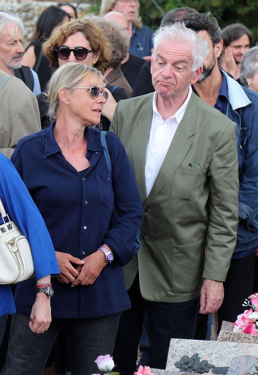 Dorothée et Jacky aux obsèques de Corbier, le 5 juillet