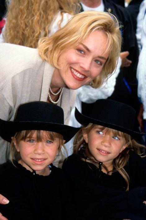 Les jumelles avec Sharon Stone en 1993