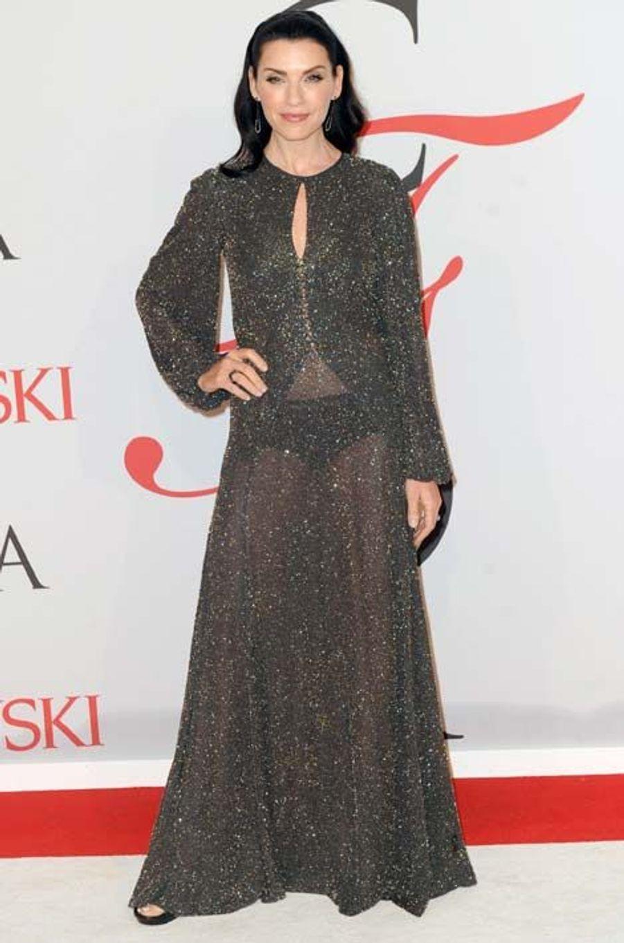 Carol Hathaway (Julianna Margulies)