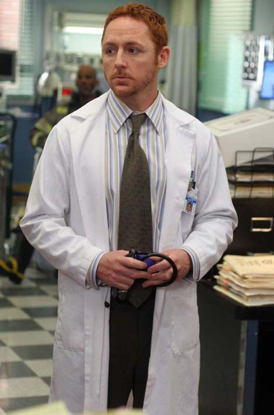 Dr. Archibald Morris (Scott Grimes)