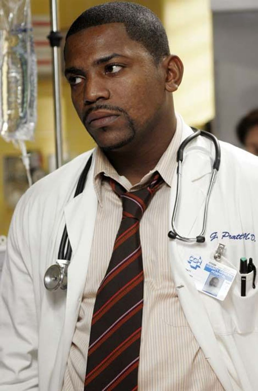 Dr. Gregory Pratt (Mekhi Phifer)
