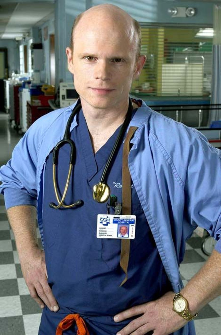 Dr. Robert 'La Flèche' Romano (Paul McCrane)