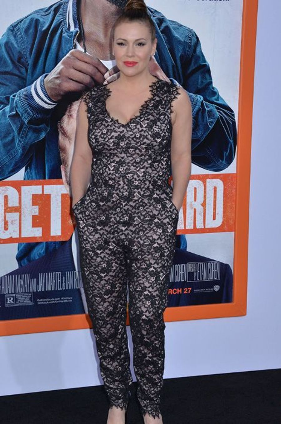 Alyssa Milano (Phoebe Halliwell)