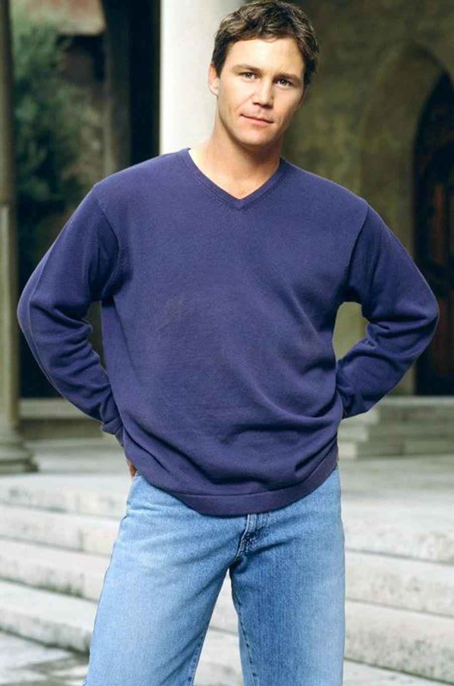 Brian Krause (Leo Wyatt)