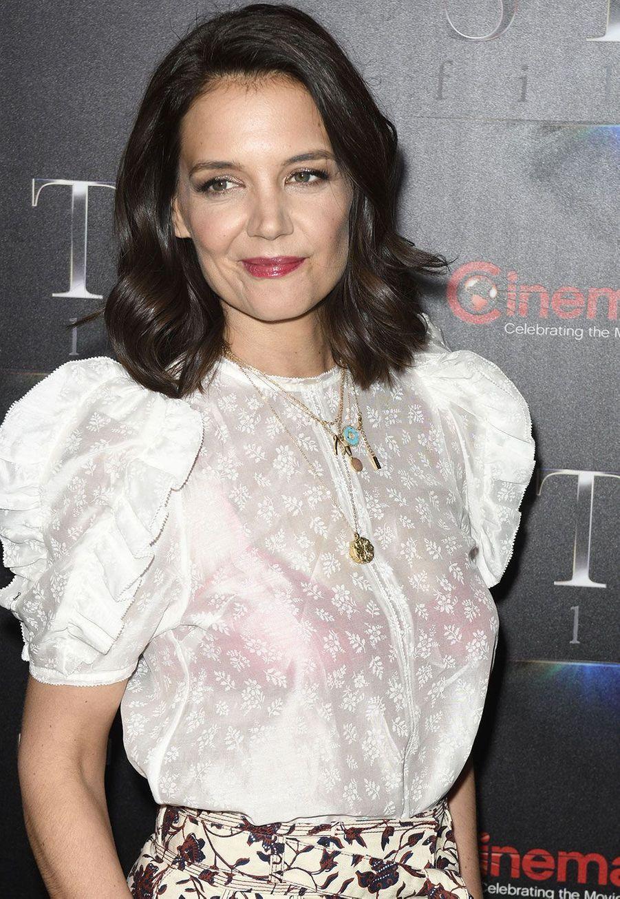 Joey (Katie Holmes) en 2019