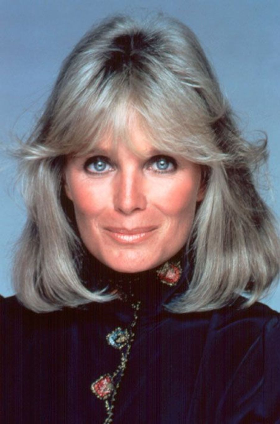Linda Evans (Krystle Jennings Carrington)