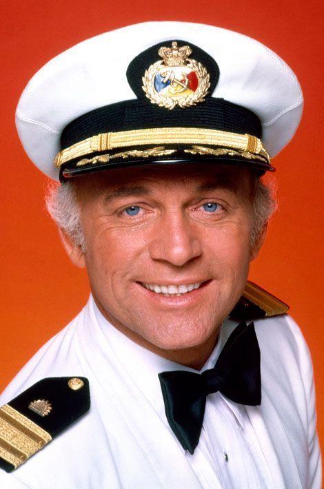 Le capitaine Merrill Stubing (Gavin MacLeod)