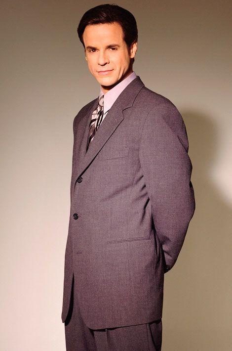 Michael Baldwin (Christian LeBlanc)
