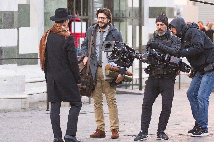 """Álvaro Morte (LeProfesseur) sur le tournage de la saison 3 de """"La Casa de Papel"""""""