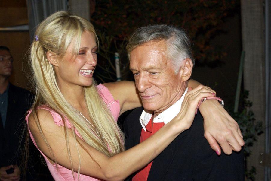 Hugh Hefner et l'héritière Paris Hilton à Las Vegas.