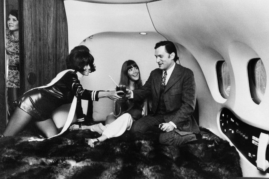 A l'intérieur du Jet privé Playboy le 30 août 1970.