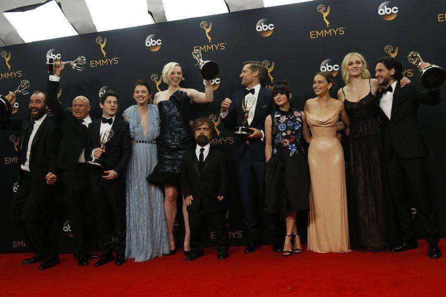 "Meilleure série dramatique : ""Game of Thrones"" (HBO)"