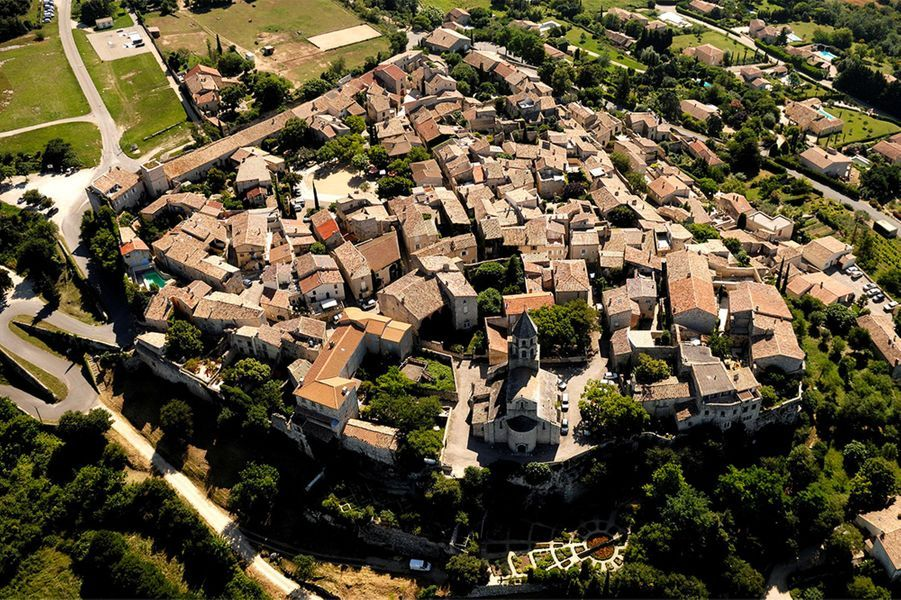 La Garde-Adhémar / Région Auvergne-Rhône-Alpes