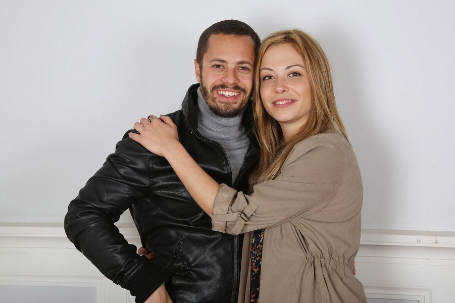 """Ambroise Michel (Rudy Torres) et Dounia Coesens (Johanna Marci) :Au début de """"Plus Belle La Vie"""" étaient colocataireAmbroise Michel et Dounia Coesens étaient colocataires. Ils ont partagé plus que l'appartement durant quelques temps avant de se quitter bons amis."""