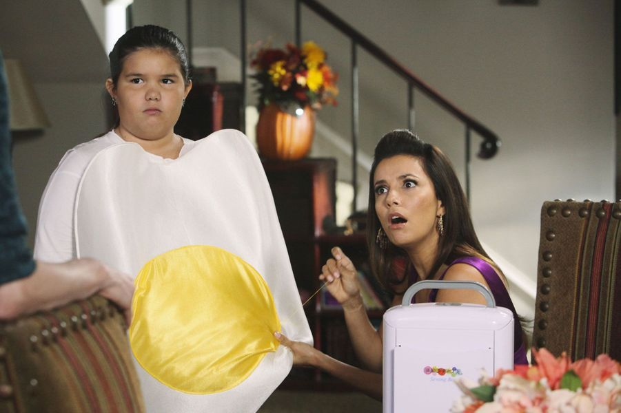 "Madison De La Garza et Eva Longoria dans ""Desperate Housewives"""