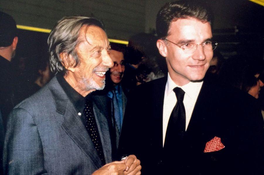 En 1998, Roger Thérond le nomme directeur adjoint.