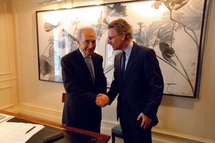 Paris, 2013, avec le président israélien, Shimon Peres.