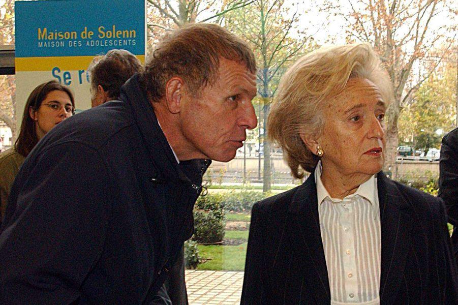 Avec Bernadette Chirac en 2004