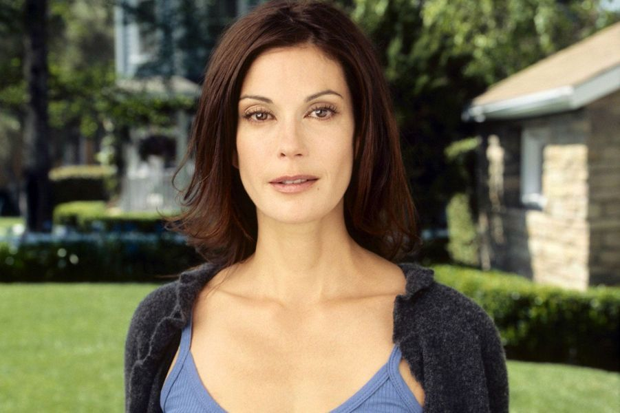 "Teri Hatcher dans ""Desperate Housewives"""