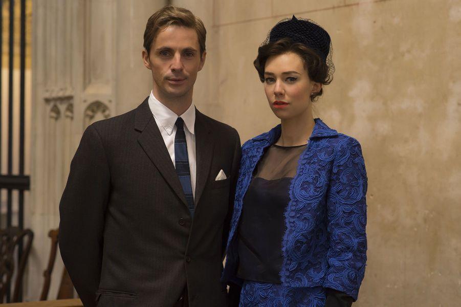 "Matthew Goode (Antony Armstrong-Jones) etVanessa Kirby (princesse Margaret) dans ""The Crown"""