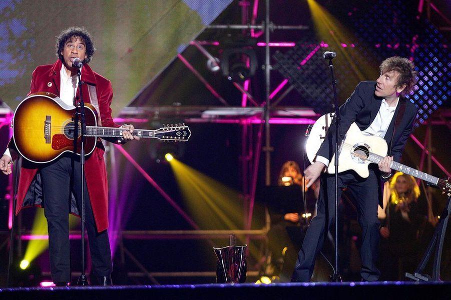 Laurent Voulzy et Alain Souchon aux Victoires de la Musique, au Zénith de Paris en mars 2005