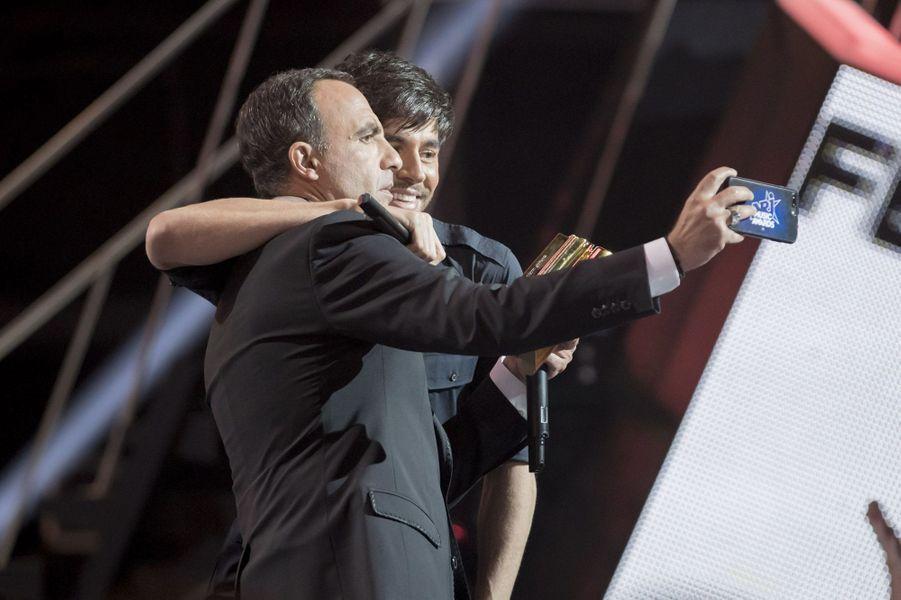 Nikos et Enrique Iglesias