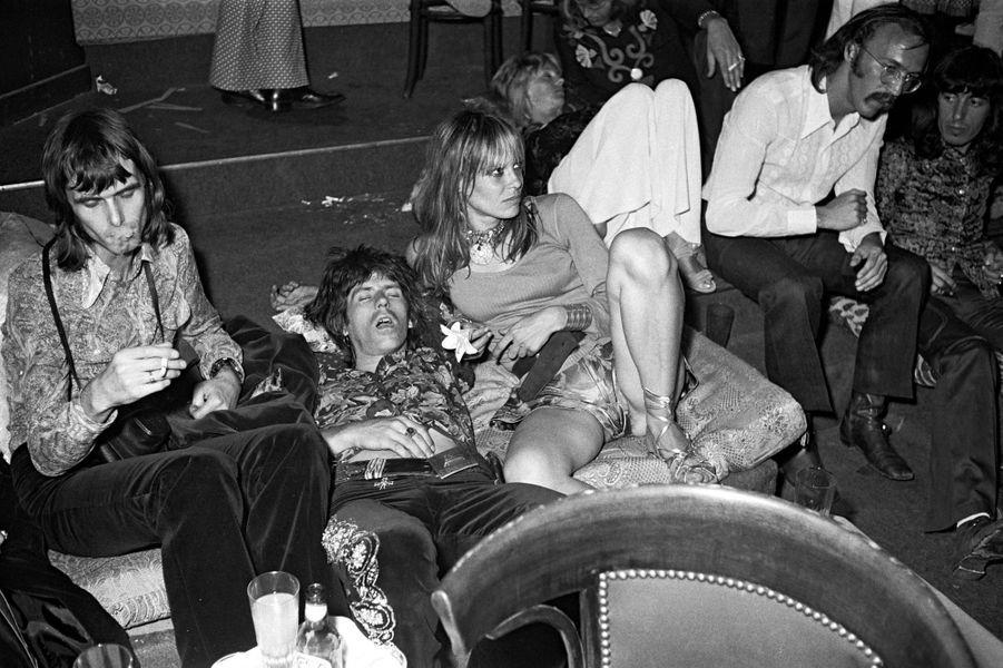 Keith et Anita en 1971 après le mariage de Mick Jagger et Bianca Moreno à Saint-Tropez.